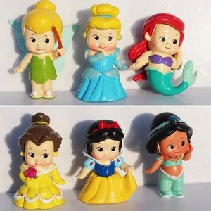✨✨PRICE IS FIRM! Lot of 6 Disney Princesses✨✨
